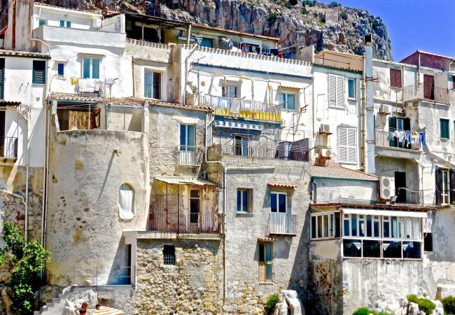 Beseda – Okolo Sicílie na kole