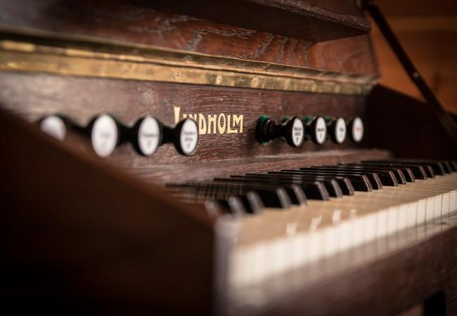 Poslechový pořad z cyklu Písničky ze starých časů Historie v písních žije
