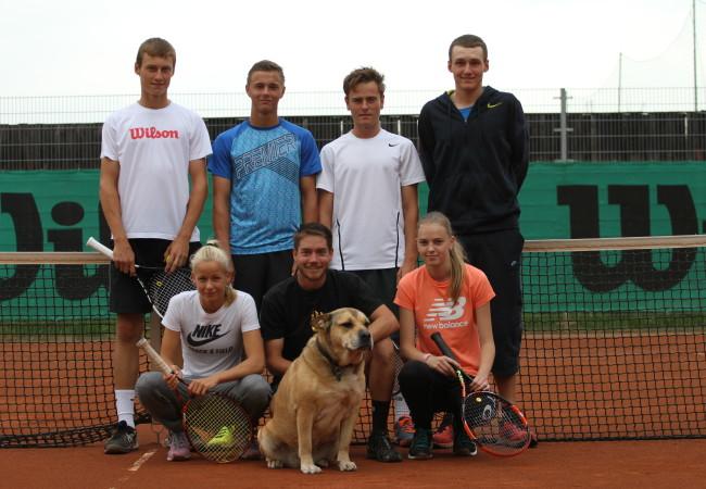 Tenisová družstva slaví úspěchy