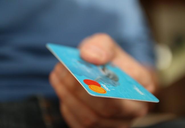 Bezhotovostní platby místních poplatků