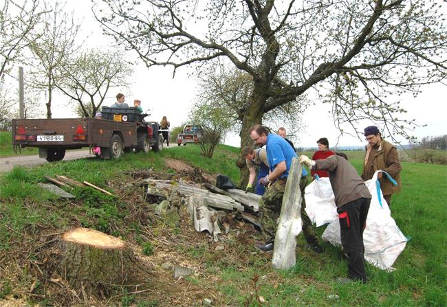 Jarní úklid místních částí Hájek, Hajánky