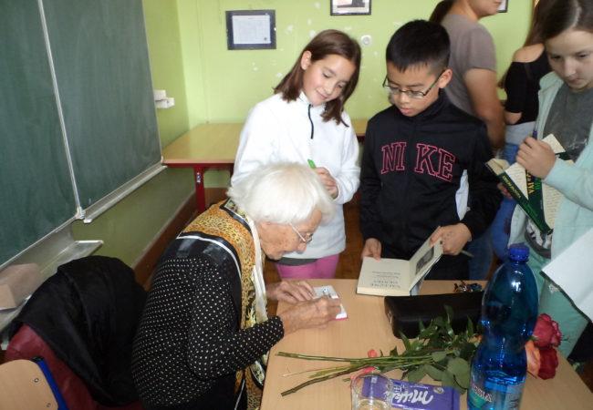 Pamětnice druhé světové války na gymnáziu