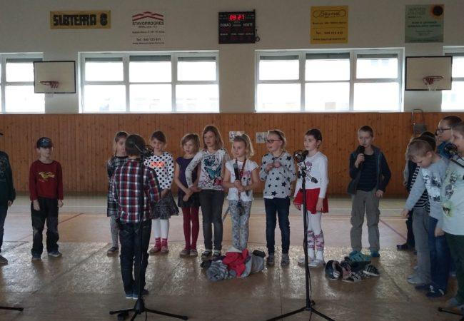 Přehlídka jazyků na ZŠ Smíškova