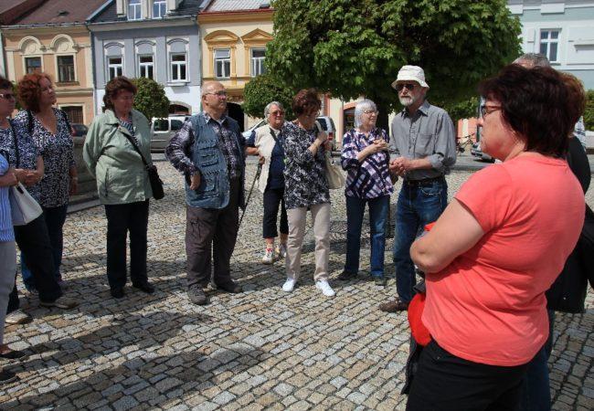 Členové svazu tělesně postižených Tišnovsko vyjíždí za krásami Česka