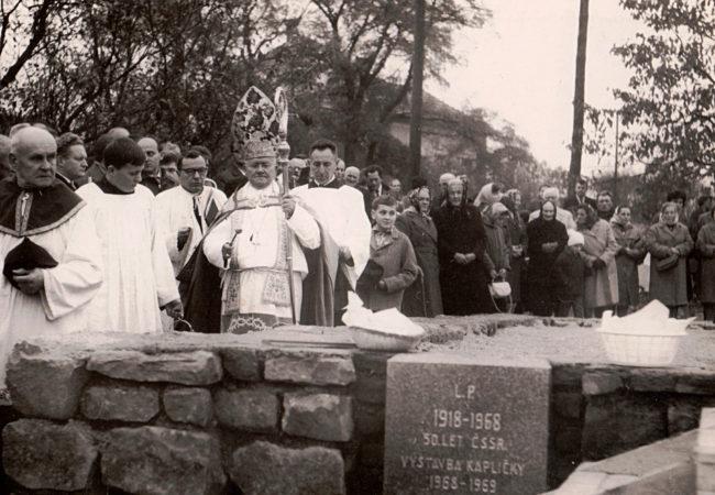 Padesát let od posvěcení základního kamene nové kaple sv. Anny v Hradčanech
