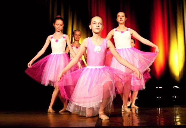 Baletní koncerty vkině Svratka