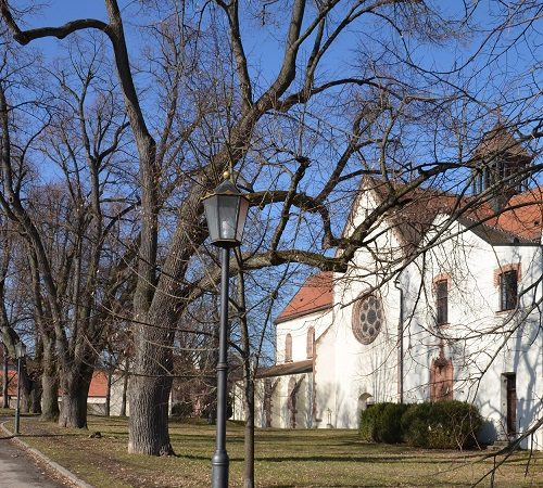 Navštivte areál kláštera Porta coeli