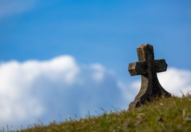 Změna otevírací doby hřbitovů