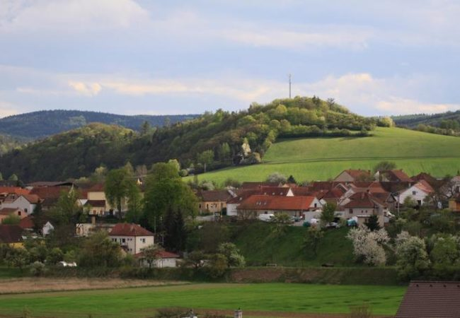 Obec Březina
