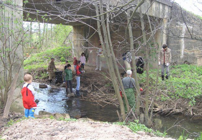 Čištění místních vodních toků na Den Země