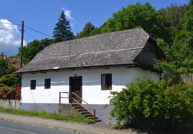 Zalidovou architekturou Tišnovska – 1. výlet údolím řeky Svratky