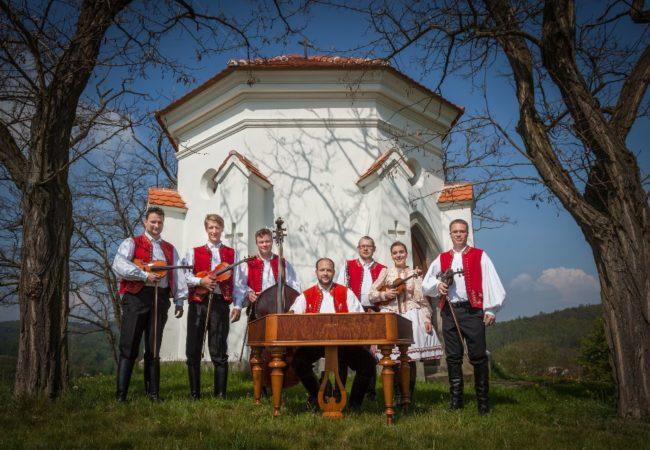 Cimbálová muzika Kyničan ajejí nové CD