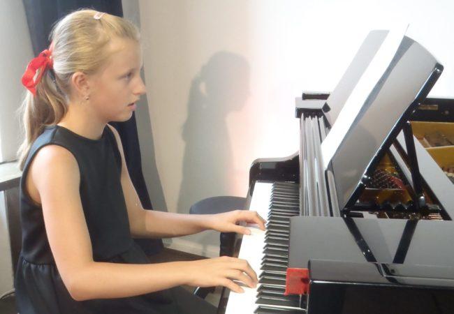 Ročníkový klavírní recitál Tiny Plchové
