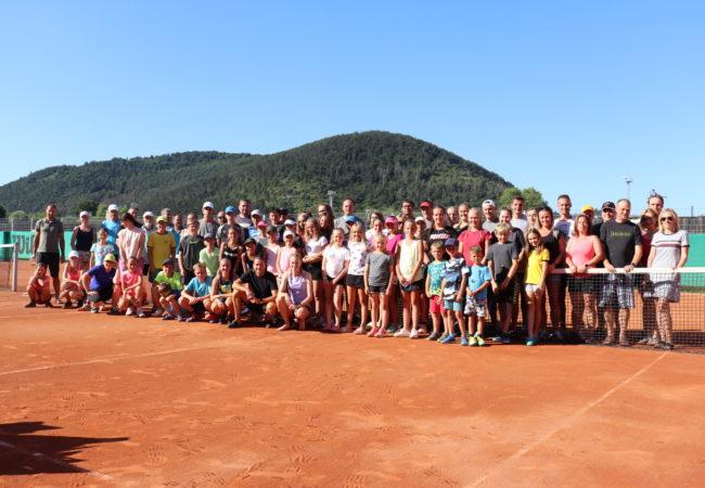 Výsledky soutěží družstev SK Tenis